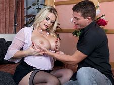 Busty Golden-haired Can't live without To Be Watched