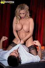 Busty Mom I'D LIKE TO FUCK stripper Amber Lynn suggests extras