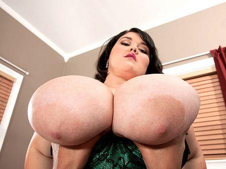 Cum Inside Lisa Canon's Butthole